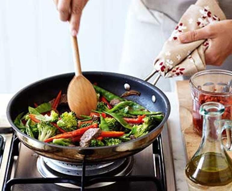 Women's Weekly Eating Well With Diabetes