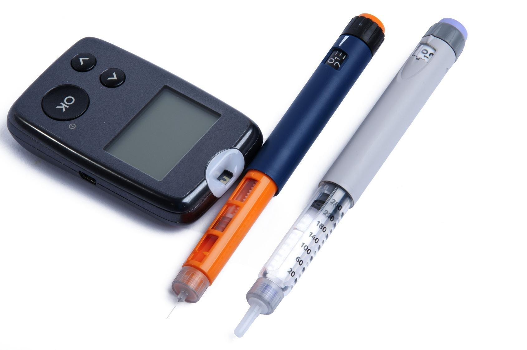 Insulin Pens Vs. Vials And Syringes: Differences In Clinical And Economic Outcomes.