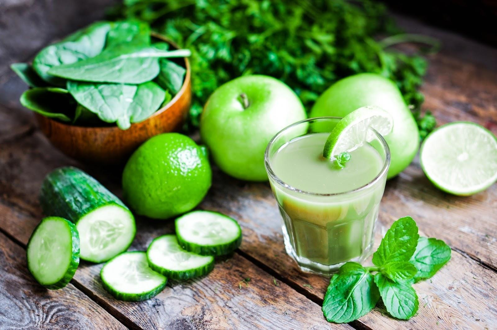 Blood Sugar Balancing Green Juice For Insulin Resistance