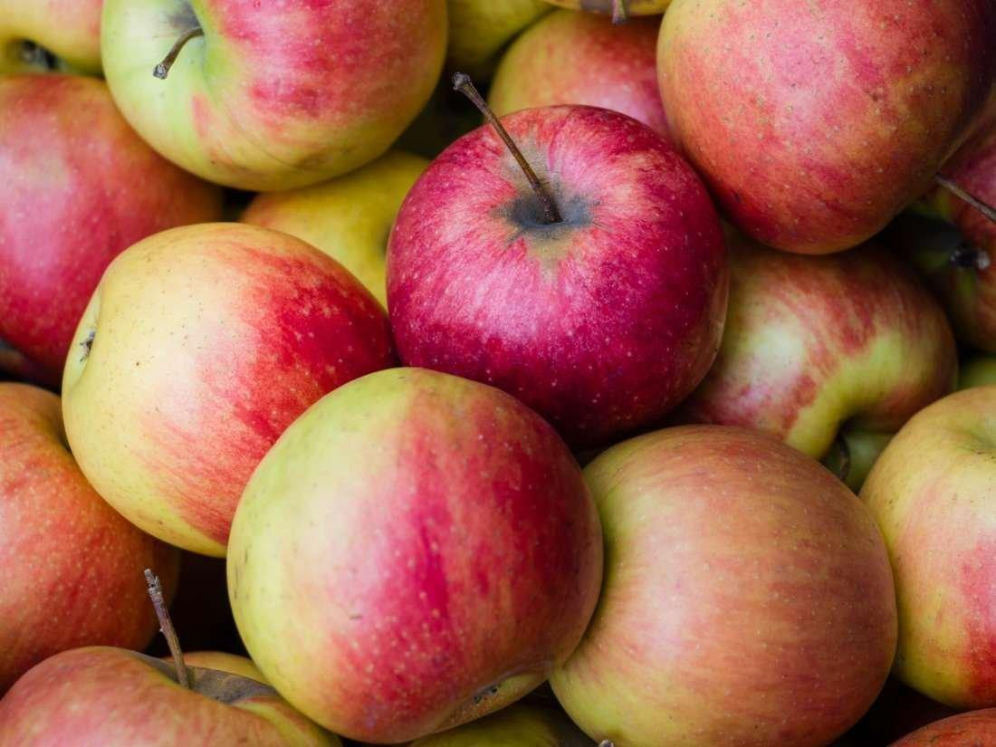 Apples And Diabetes: Benefits, Risks, And Other Fruits
