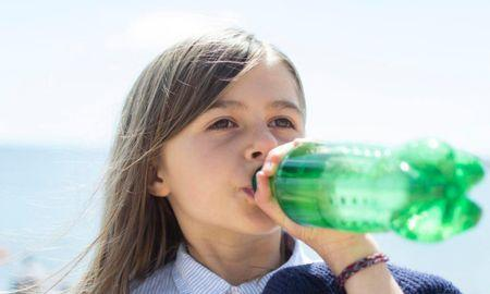 should diabetics drink diet soda