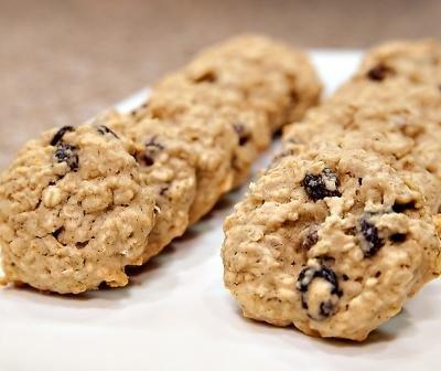 Diabetic Cookie Recipe: Oatmeal Raisin Cookies - Recipes For Diabetics