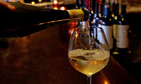 Cheers! For those managing diabetes, wine can help, study says