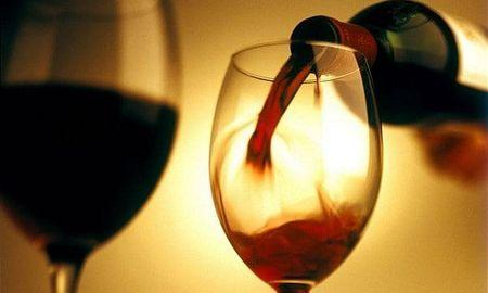 Glass of red wine a day can keep diabetes under control