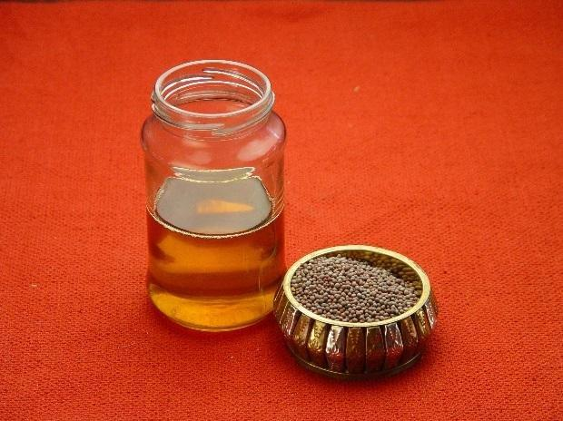 Here's Why Mustard Oil May Be Healthy For Your Heart