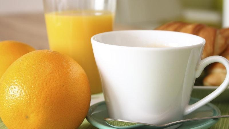 How Coffee, Citrus And Nuts Help Cut The Risk Of Diabetes