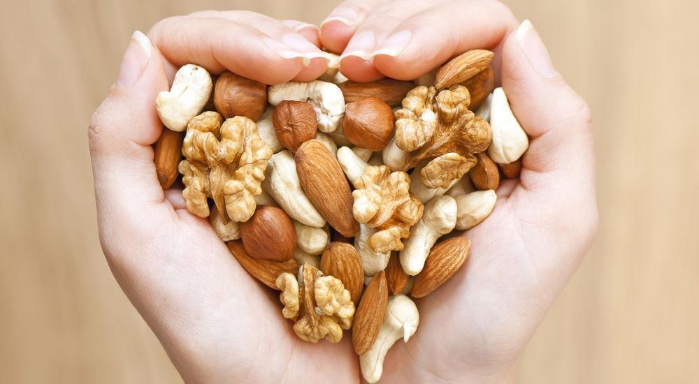 Problem Foods: Should Diabetics Eat Nuts?