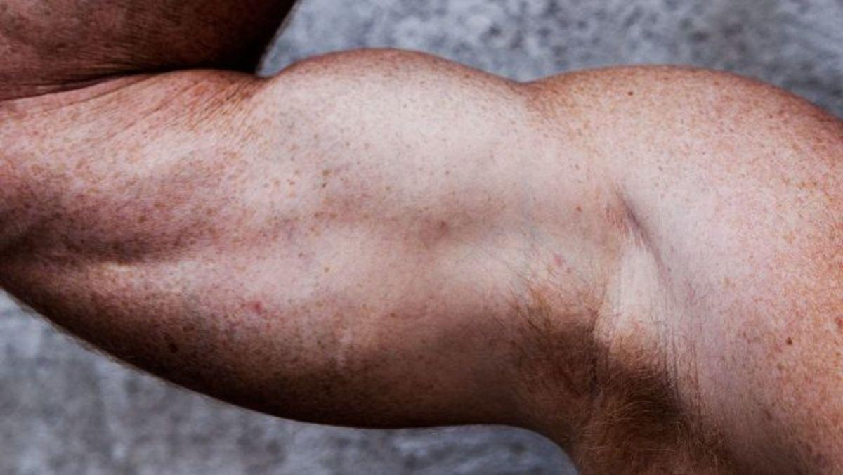Add An Inch To Your Arm In Under 5 Minutes