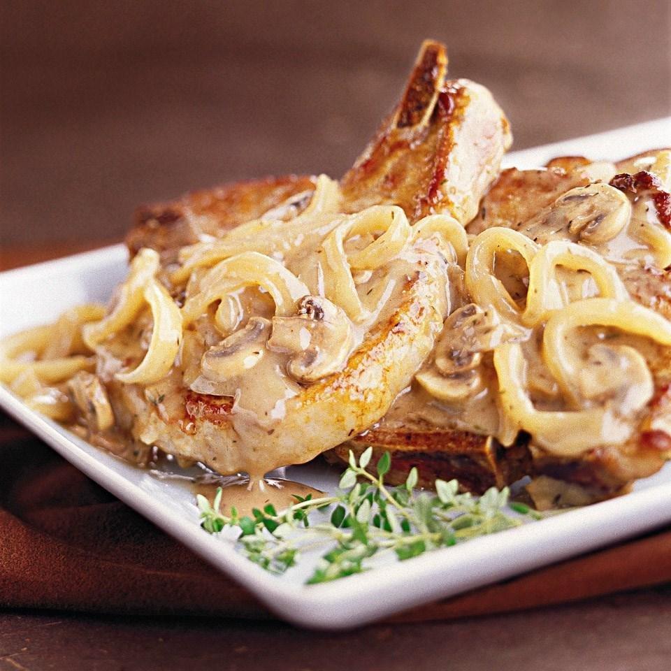 Mushroom-sauced Pork Chops Recipe - Eatingwell