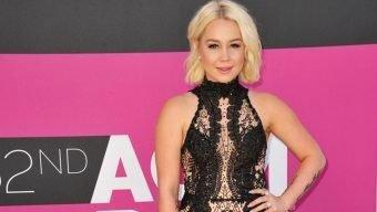 Country Music Star Says She Was Harassed For Diabetic Service Dog