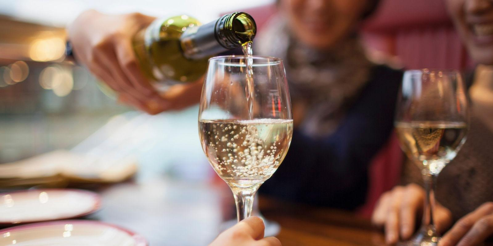 Can I Have A Glass Of Wine While Taking Metformin?