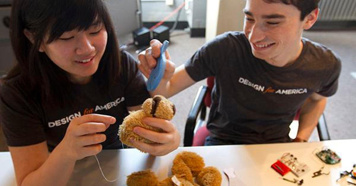 Dr. Roboto? Interactive Teddy Bear Helps Kids Manage Diabetes