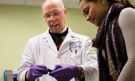 How Does An Endocrinologist Help People With Diabetes?