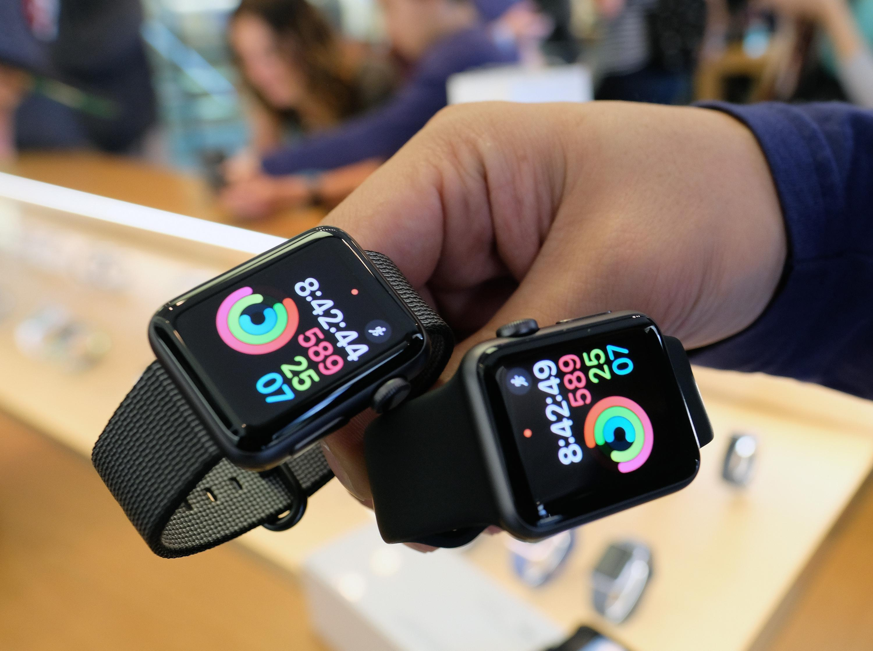 An Apple Watch for Diabetics Won't Hit the Market Anytime Soon