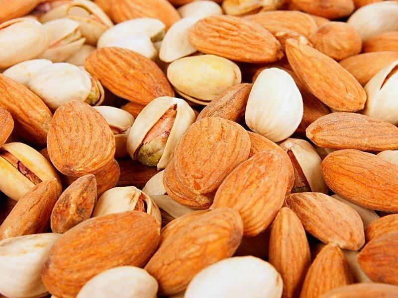 Eating Nuts May Help Pause Path To Type 2 Diabetes