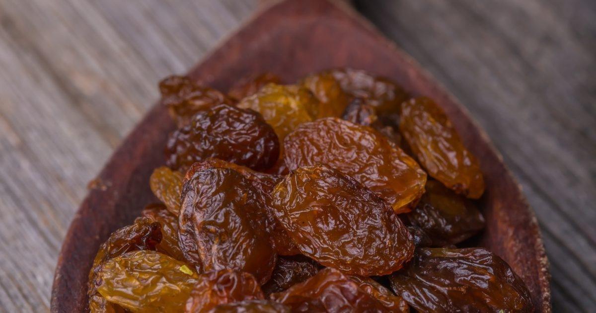 Should Diabetics Not Eat Raisins Or Dried Dates?