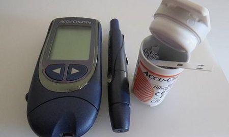 Adaptive Glucose Sparing