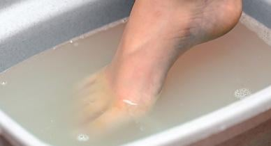 How To Make A Vinegar Foot Soak