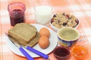 Diabetes Advice: Go Mediterranean And Skip Breakfast