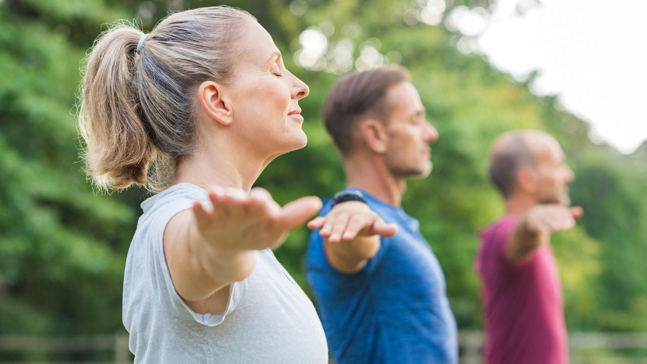 Lifestyle Changes For Diabetes: 6 Habits That Help Lower Blood Sugar