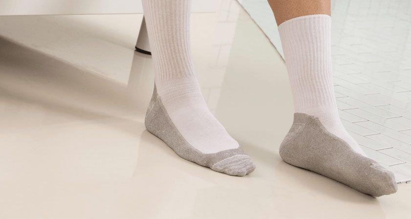 Diabetic Socks - Best Diabetic Socks Under $100 (2018 Reviews & Guide)