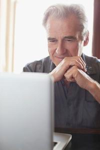Online Peer Health for Managing Diabetes
