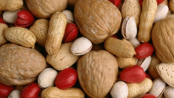 Go Nuts To Fight Diabetes