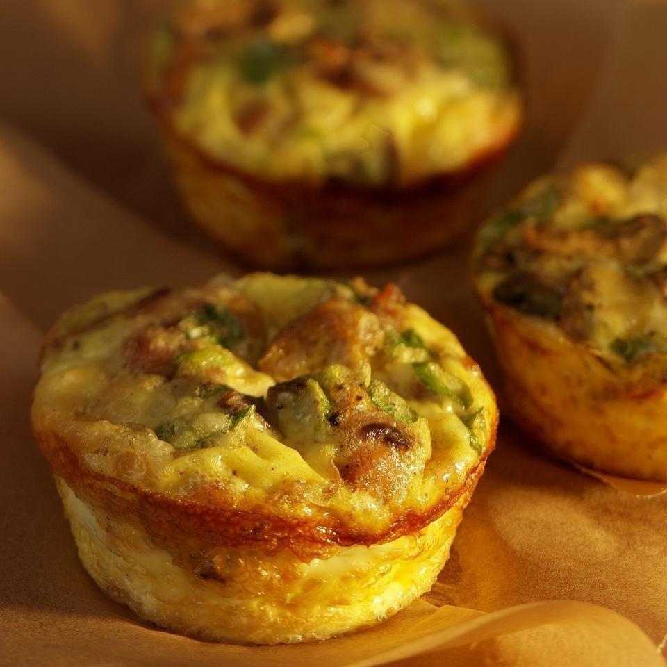 Mini Mushroom-&-sausage Quiches Recipe - Eatingwell