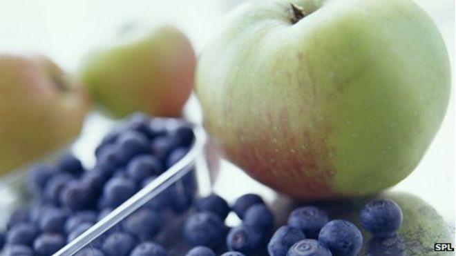 Blueberries, not fruit juice, cut type-2 diabetes risk