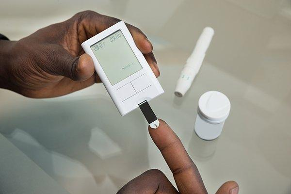 How To Safely Use Glucose Meters And Test Strips For Diabetes