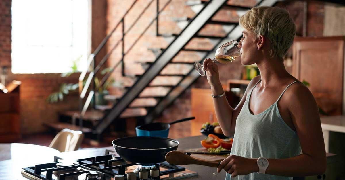 Keto Diet And Alcohol: The Best And Worst Drinks To Choose