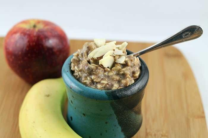 Spiced Overnight Oats With Applesauce And Chia
