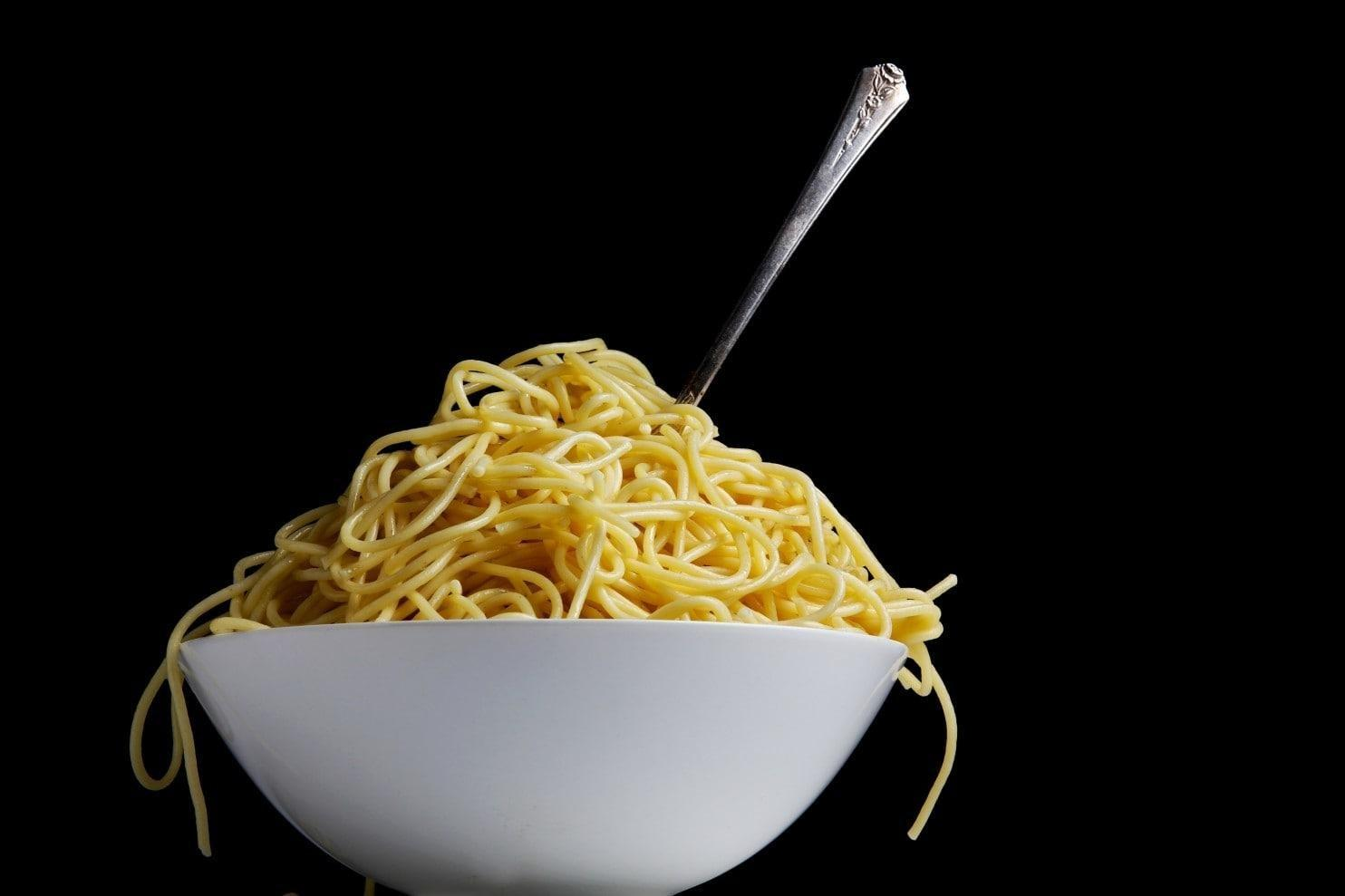 Is It Really Worth Not Eating Bread, Pasta And Other Carbs?