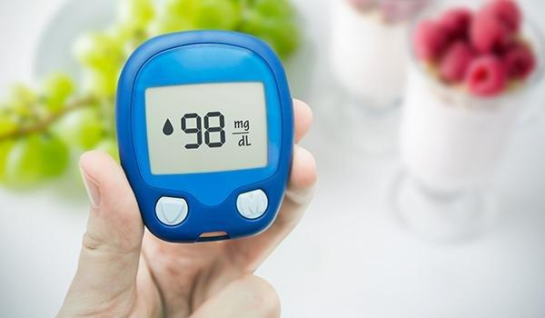 How Does Squeezing Finger Affect Blood Sugar