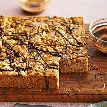 Caramel-cashew Blondies