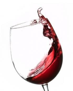 Red wine 'benefits people with type 2 diabetes'