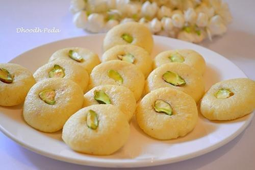 Indian Sweet Recipe: Sugar Free, Low Fat, High Protein Doodh Peda