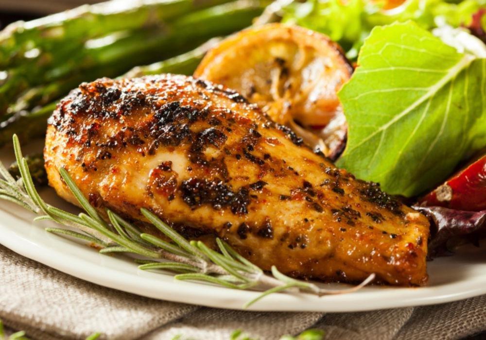 Easy Slow Cooker Lemony Garlic Chicken Breast