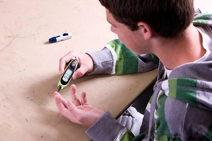 Diabetes In Teens - Types, Symptoms And Remedies