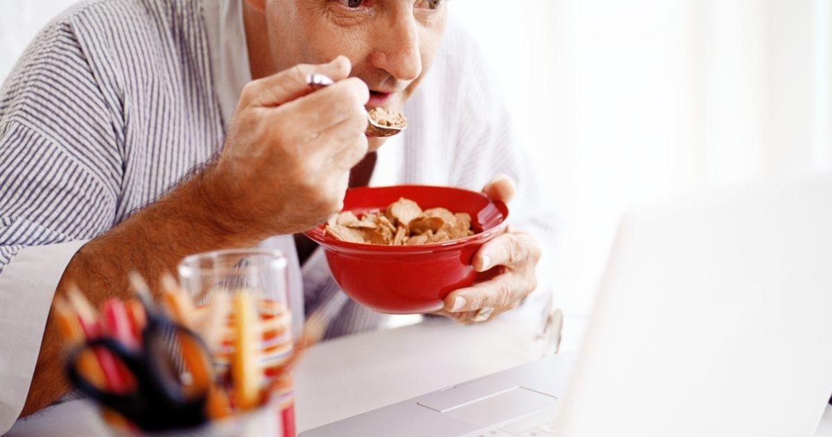 What Is The Recommended Daily Intake Of Carbs For A Diabetic Male?