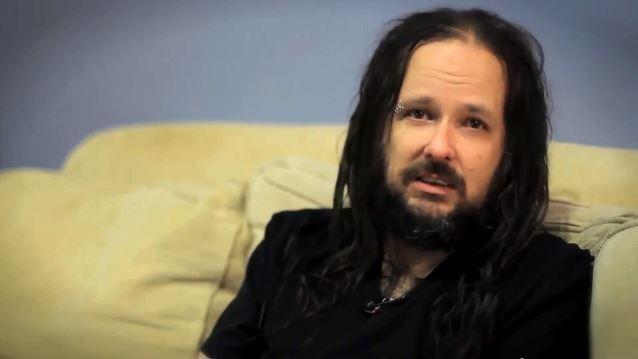 KORN Singer JONATHAN DAVIS Discusses His Son's Battle With Type 1 Diabetes (Video)