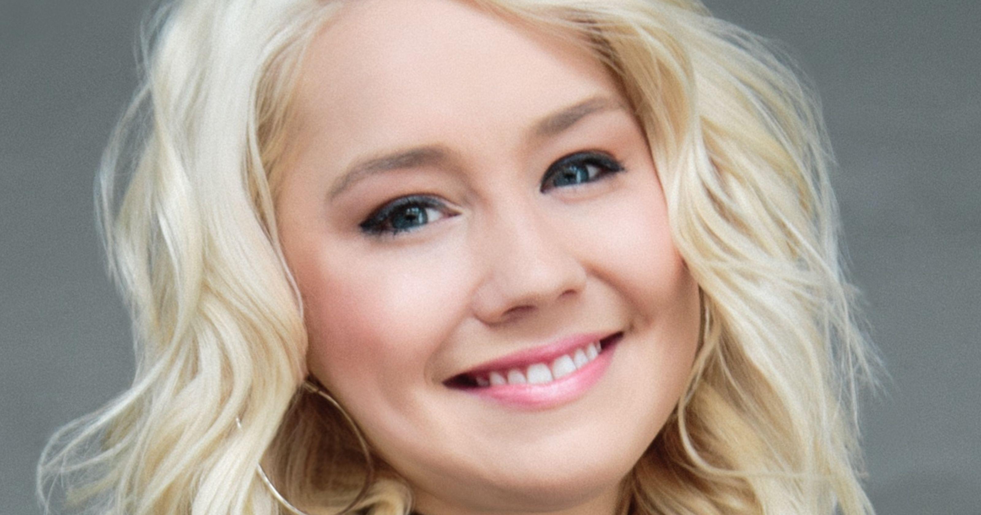 Raelynn Talks Diabetes Saturday At The Mac
