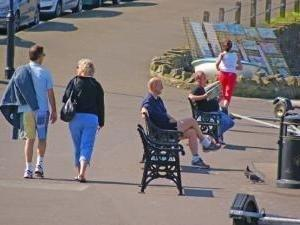 Walking after meals can lower blood sugar and reduce type 2 diabetes risk
