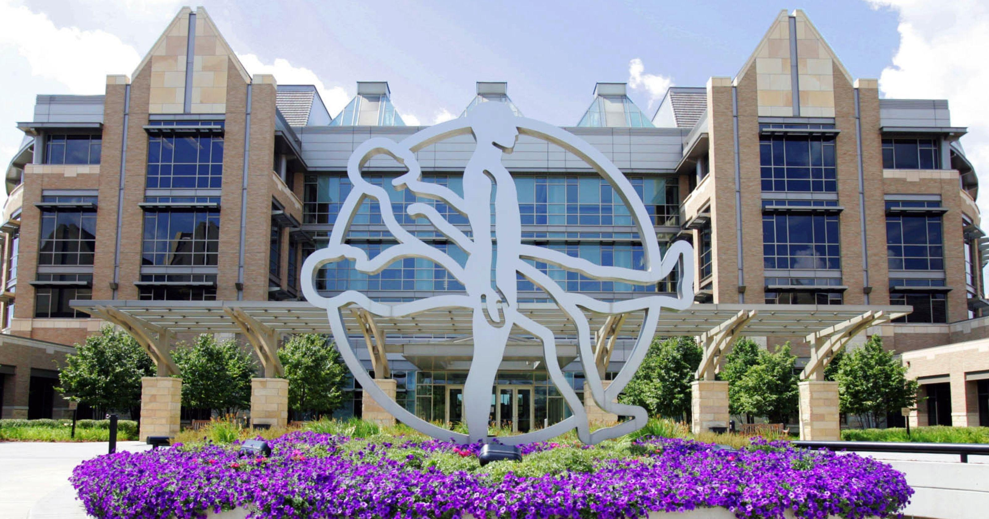 Medtronic Ceo Gets 35% Boost In Compensation