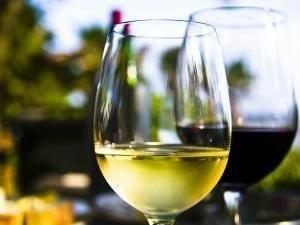 Wine May Benefit Those With Type 2 Diabetes: New Data