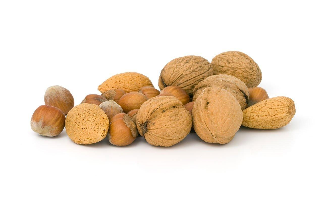 7 Health Benefits Of Hazelnuts