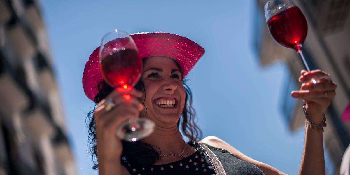 Here's What To Know About Drinking Alcohol While Keto - Insider