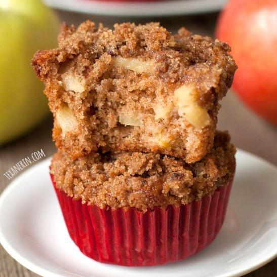 100% Whole Wheat Cinnamon Apple Muffins