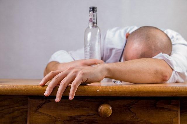 Alcohol And The Dreaded Keto Hangover