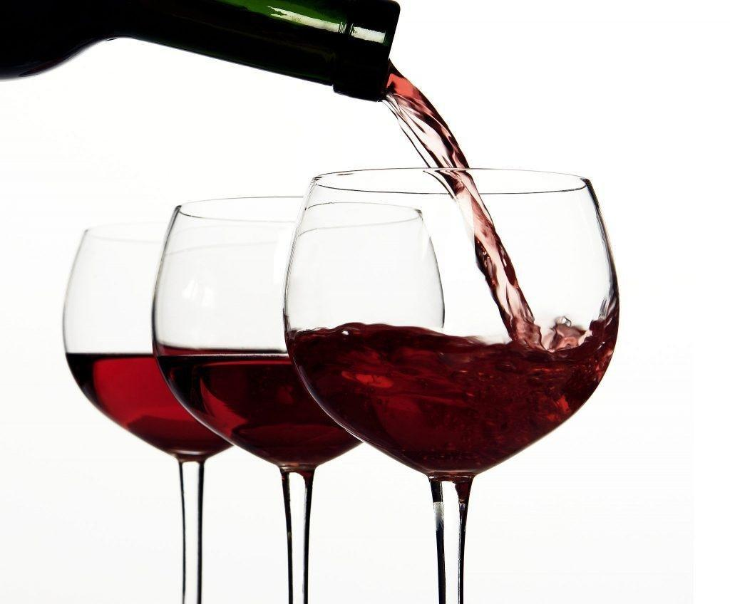 Drinking red wine regularly reduces risk of diabetes